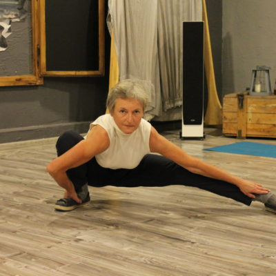 Zajęcia z qigong w Ustroniu to ćwiczenia przywracające równowagę, podnoszą one poziom energii w ciele i chęć do życia i pokonywania wszelkich trudności. Ćwiczenia poprawiają ruchomość w stawach, funkcjonowanie kręgosłupa, likwidują napięcie psychiczne i fizyczne.